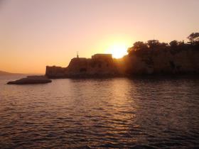 <span>SUNSET CRUISE IN SOUDA BAY</span>